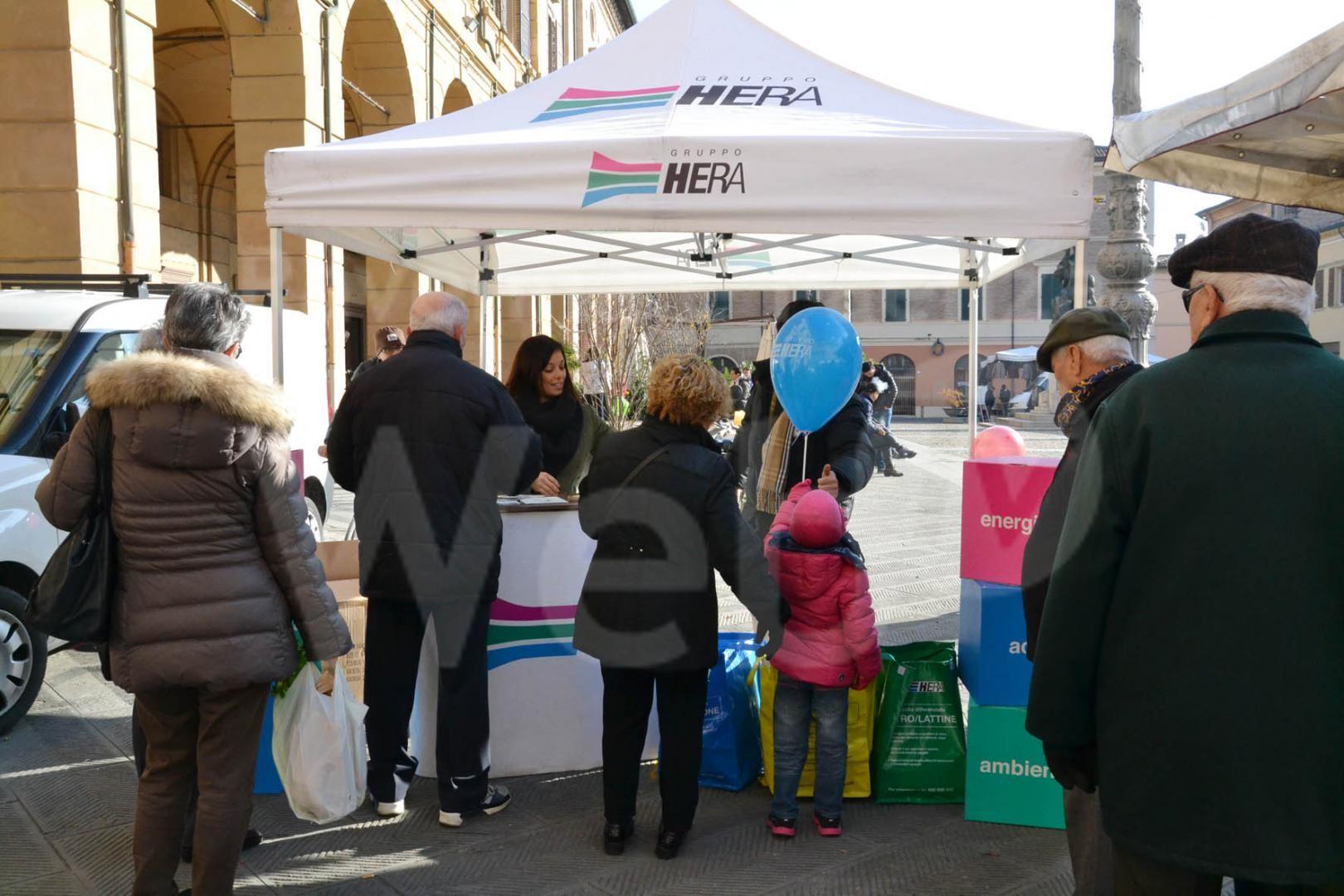 Bagnacavallo: Info point di Hera al mercato settimanale di sabato 16 - Ravennawebtv.it